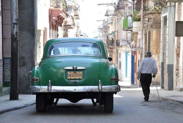 Der alte Mann und das Auto