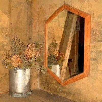 Der alte Spiegel