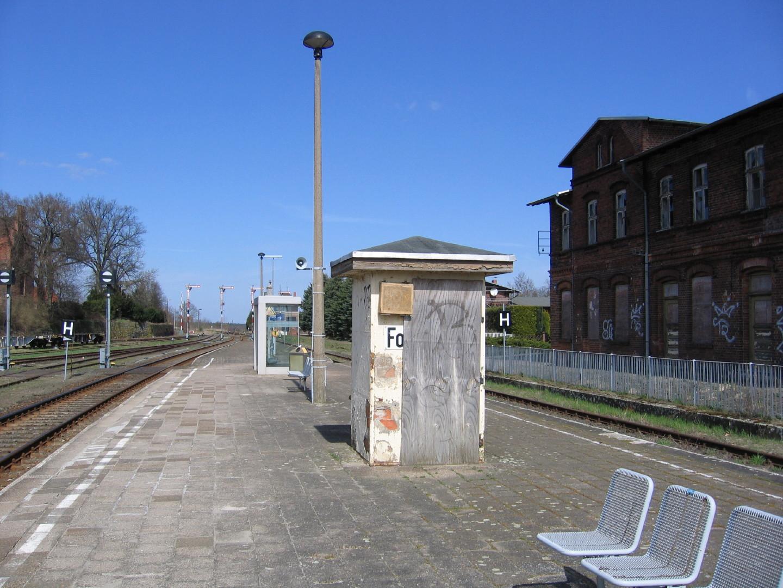 der Bahnhof Karow zerfällt langsam