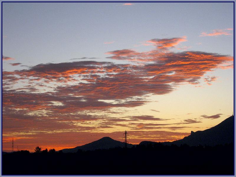 Der Balkonausblick vor Sonnenaufgang.