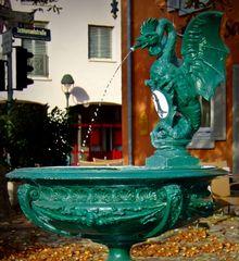 """Der """"Basiliskenbrunnen"""" von Neuenburg am Rhein"""