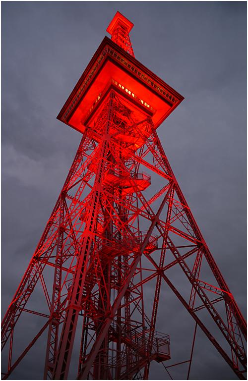 Der Berliner Funkturm 01