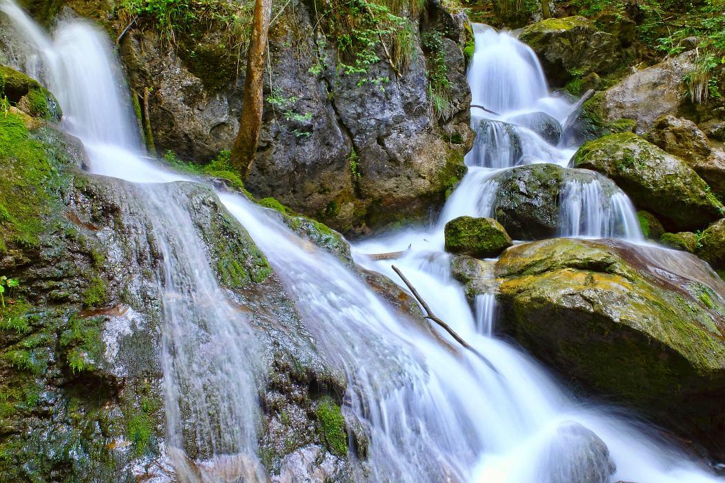 Der beruhigende Wasserfall