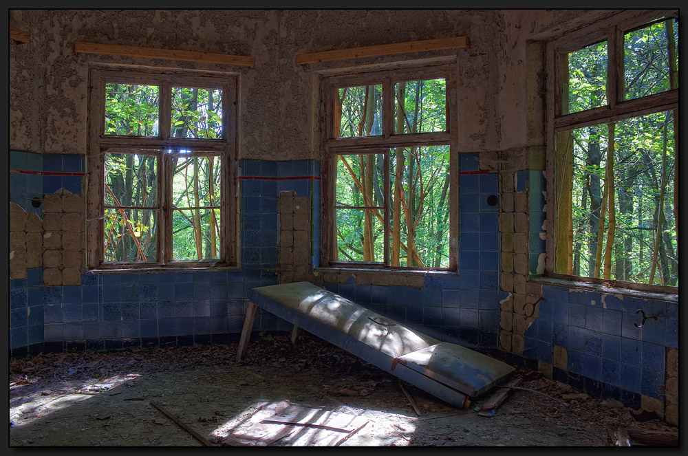 ...Der blaue Salon...
