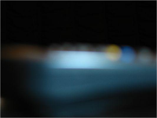 Der Blaue Schirm beeilte sich nachts um noch dem Fotografen zu entfleuchen was aber doch missglückte
