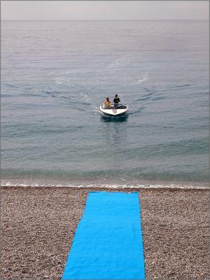 Der blaue Teppich