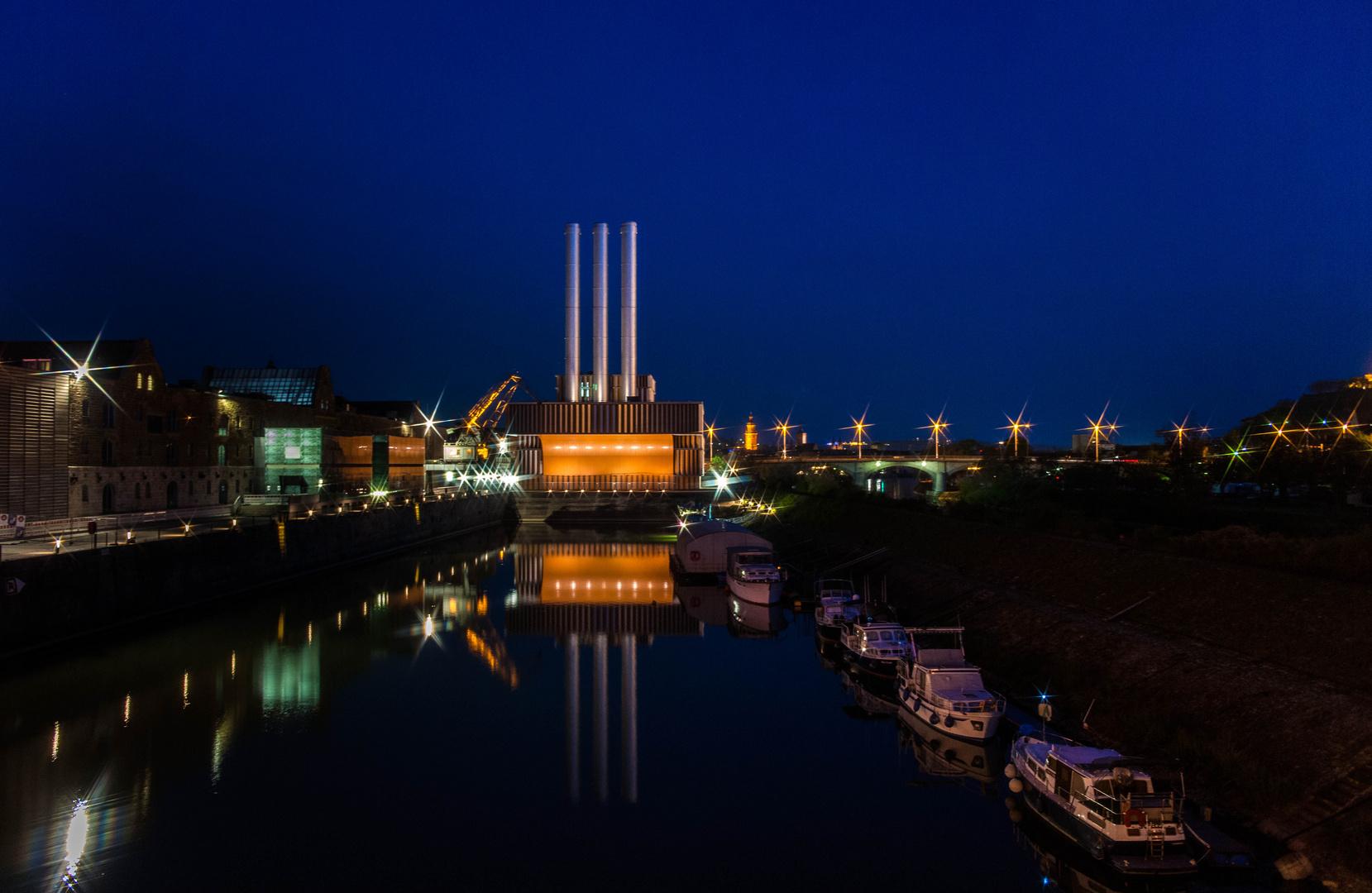 Der Blick aus dem Hotelzimmer - alter Hafen Würzburg