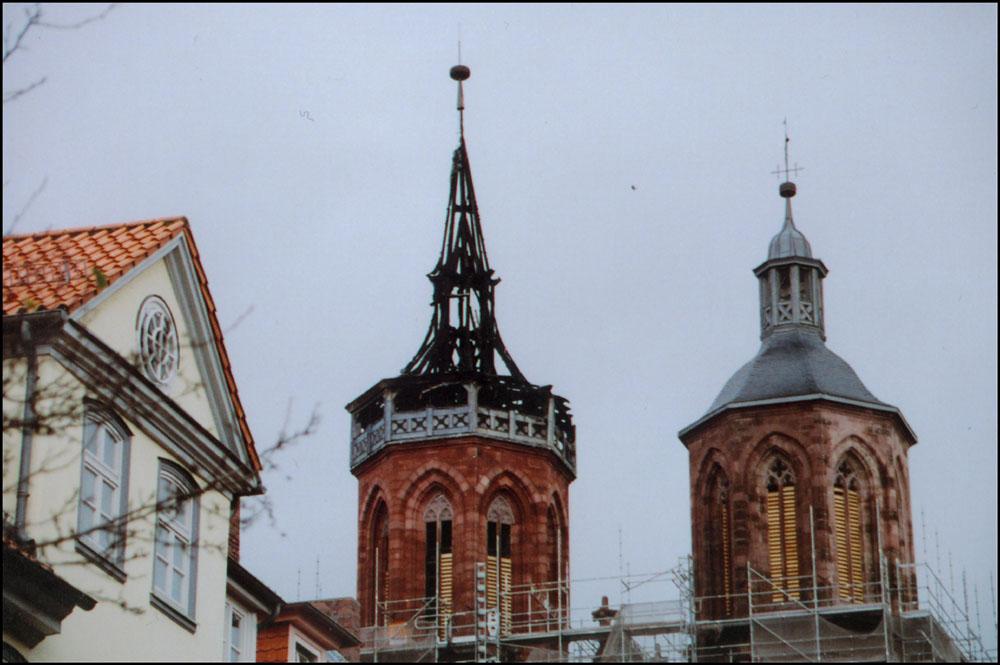 Der Brand der Göttinger Johanniskirche (Ausgebrannte Spitze)