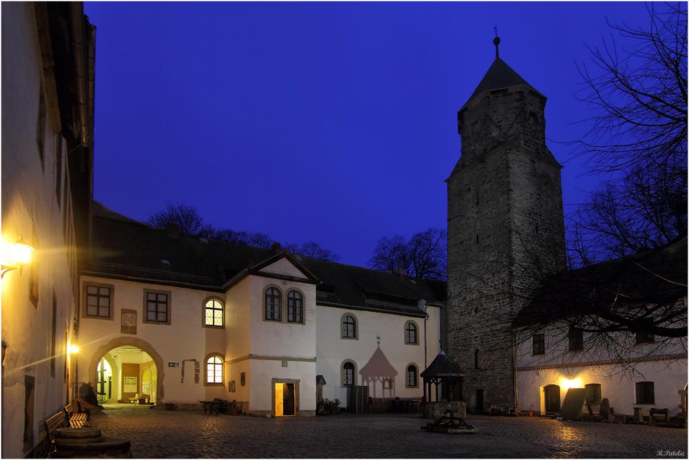 Der Burghof...