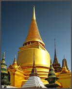 Der Chedi Phra Si Rattana...