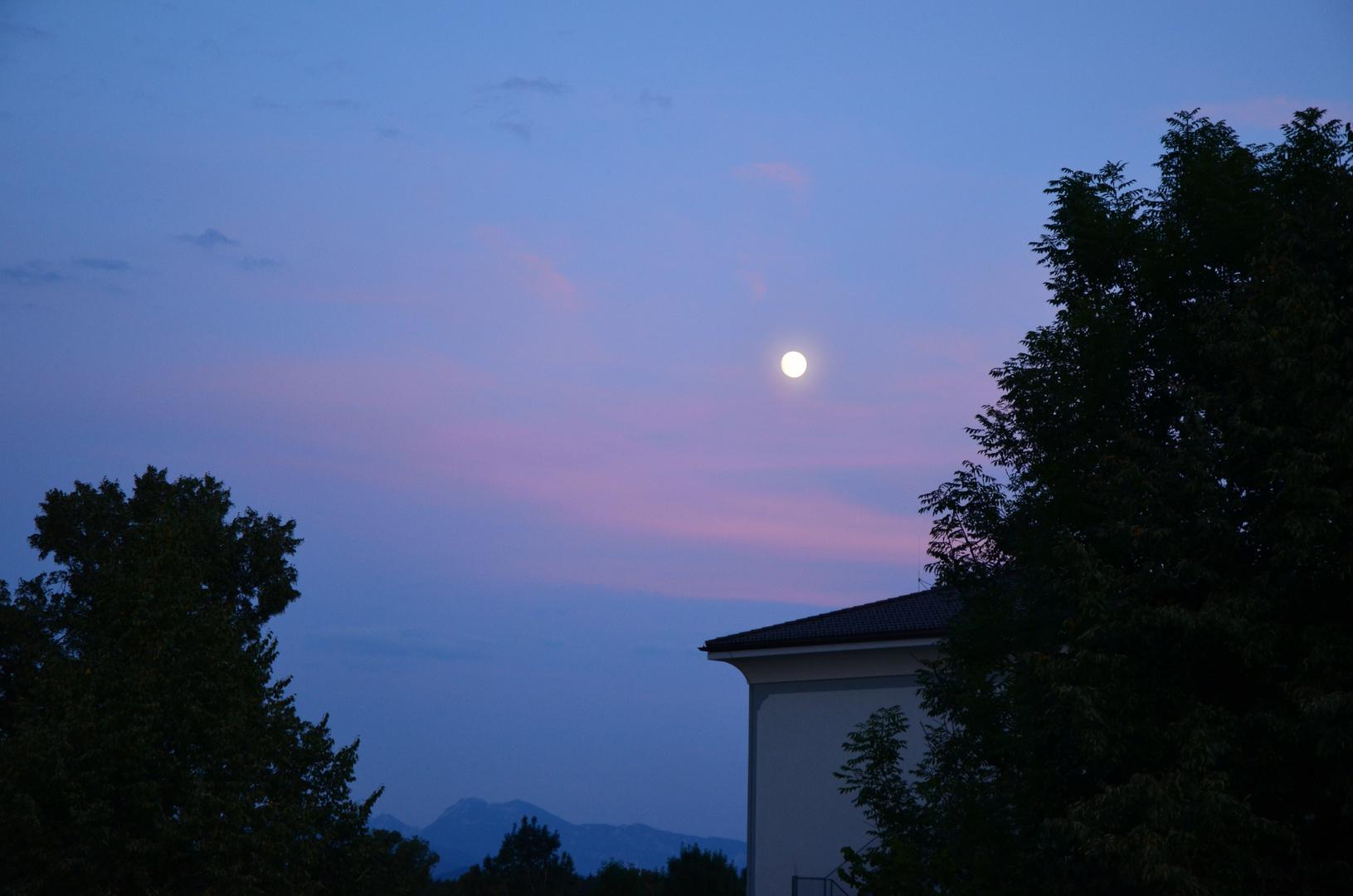 Der Chiemgau bei Nacht