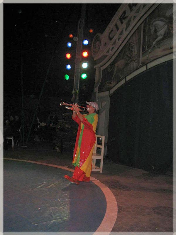 Der Clown und die Trompete