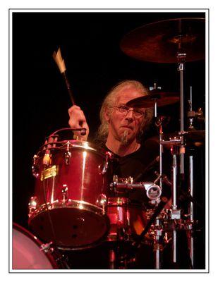 Der da am Schlagzeug ...