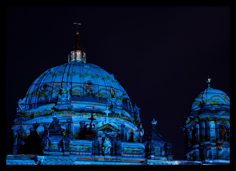 der Dom in blau