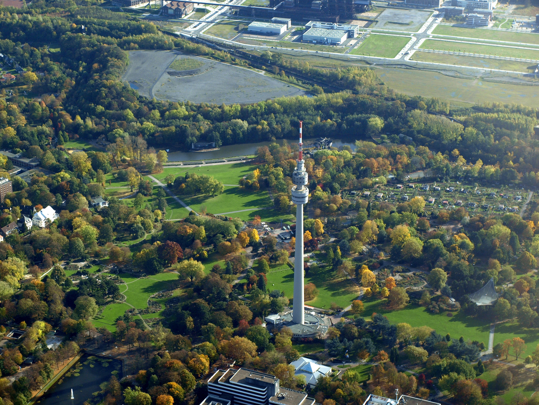 Der Dortmunder Florian-Turm im Westfalen-Park