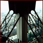 Der Eiffelturm; Standbein