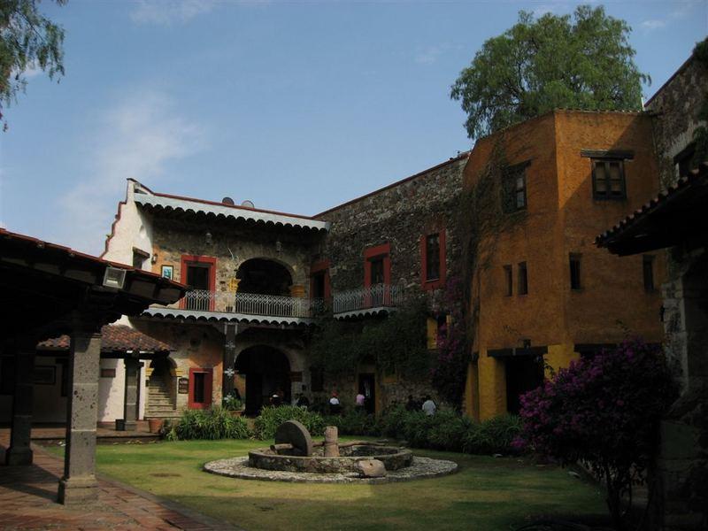 """Der Eingang zur Mine """"Valenciana"""" in Guanajuato"""