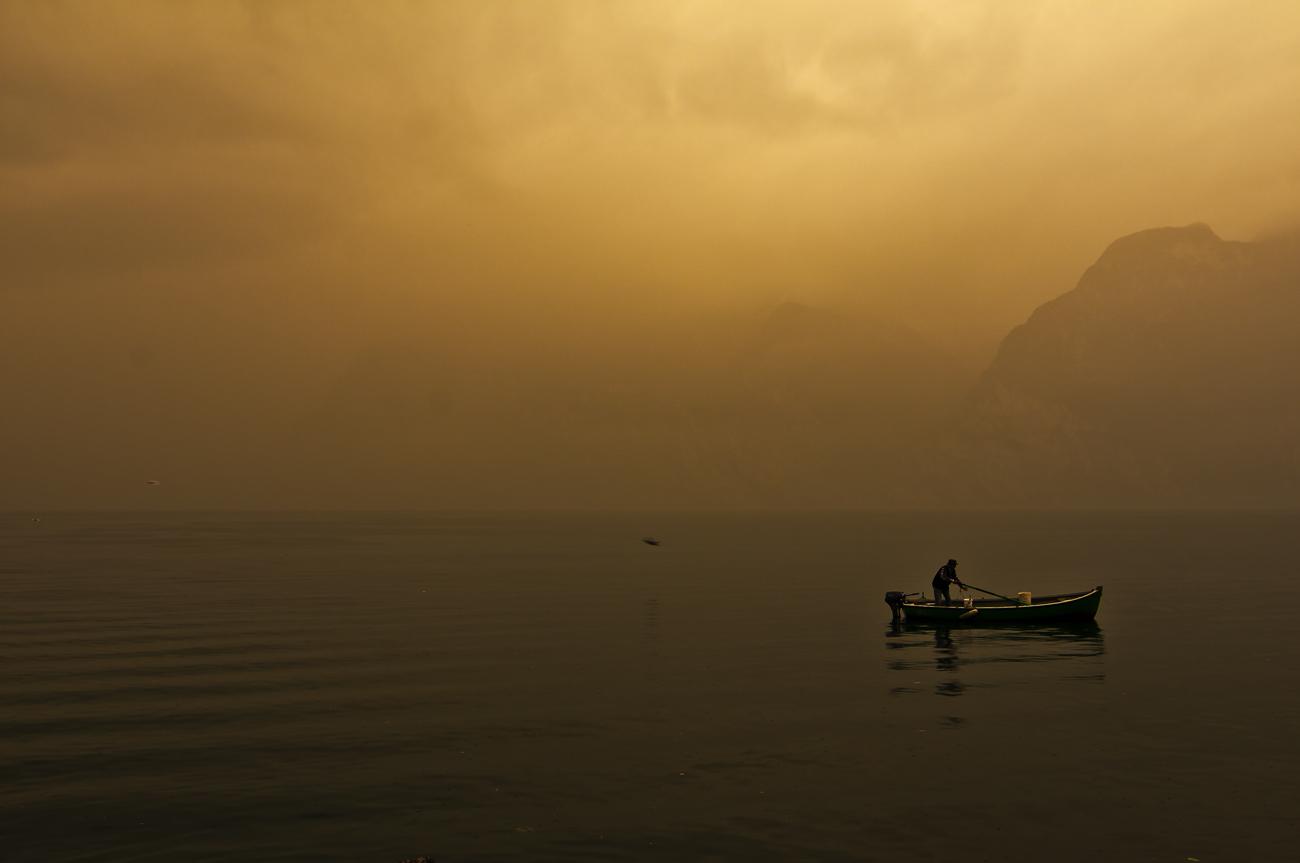 *** der einsame Angler ***