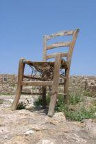 Der einsame Stuhl
