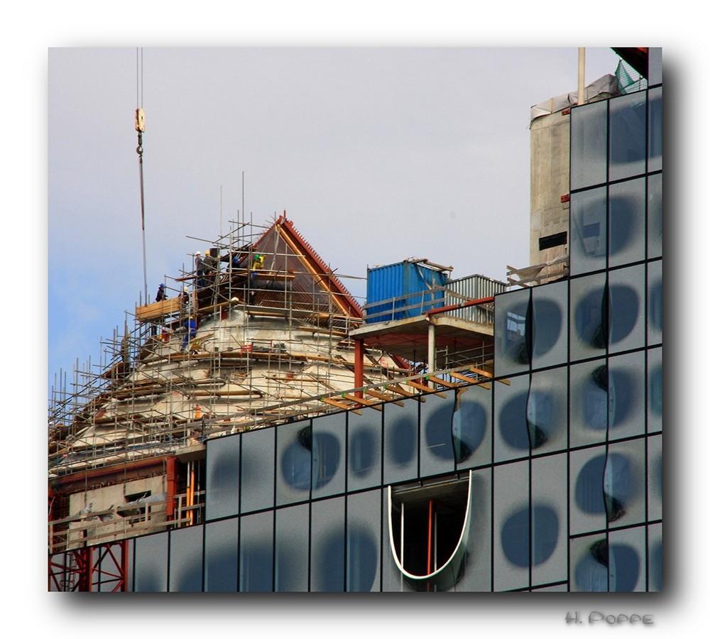 Der Elbphilharmonie aus Dach geschaut.....