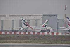 Der Emirates Knoten...