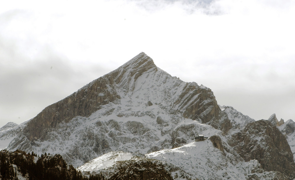 Der erste Schnee auf der Alpsitze