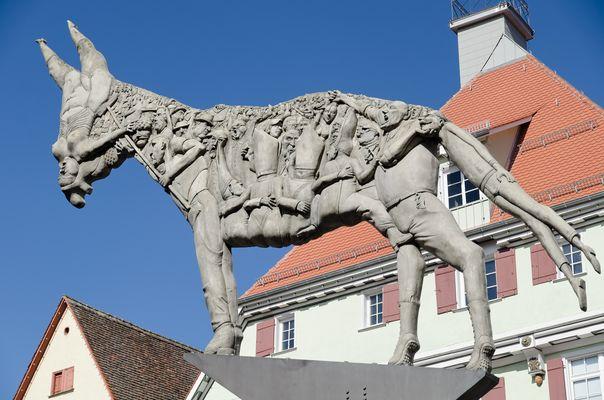Der Esel auf dem Marktplatz in Biberach