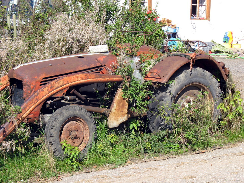 .....der etwas vergessene Traktor