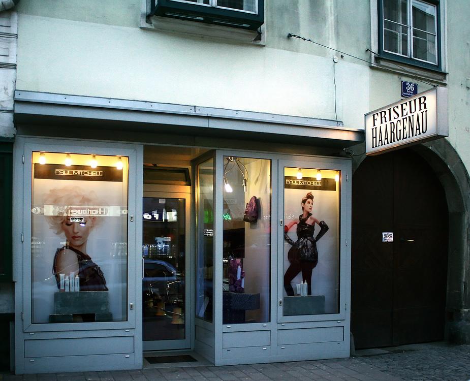 Der Friseur Haargenau in der Landstraßer Hauptstraße