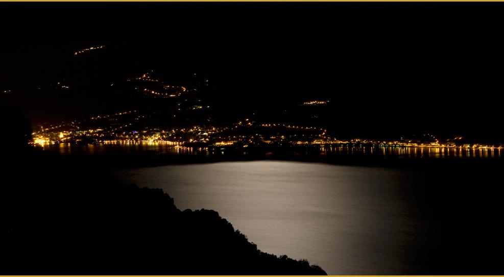 Der Gardasee, am Abend beim Wein
