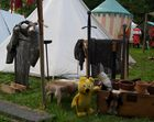 Der gelbe Bär beim Rüstungsmacher