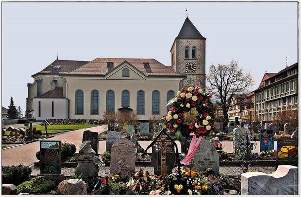 der Gemeindefriedhof