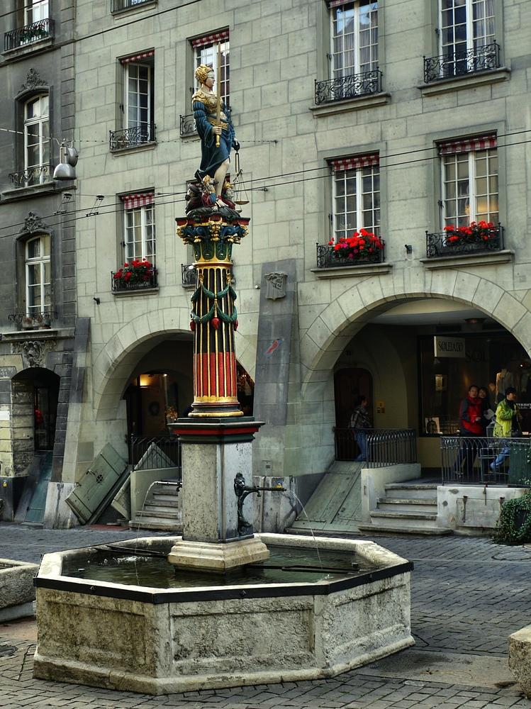 der Gerechtigkeitsbrunnen in der Berner Altstadt