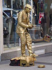 Der Goldene