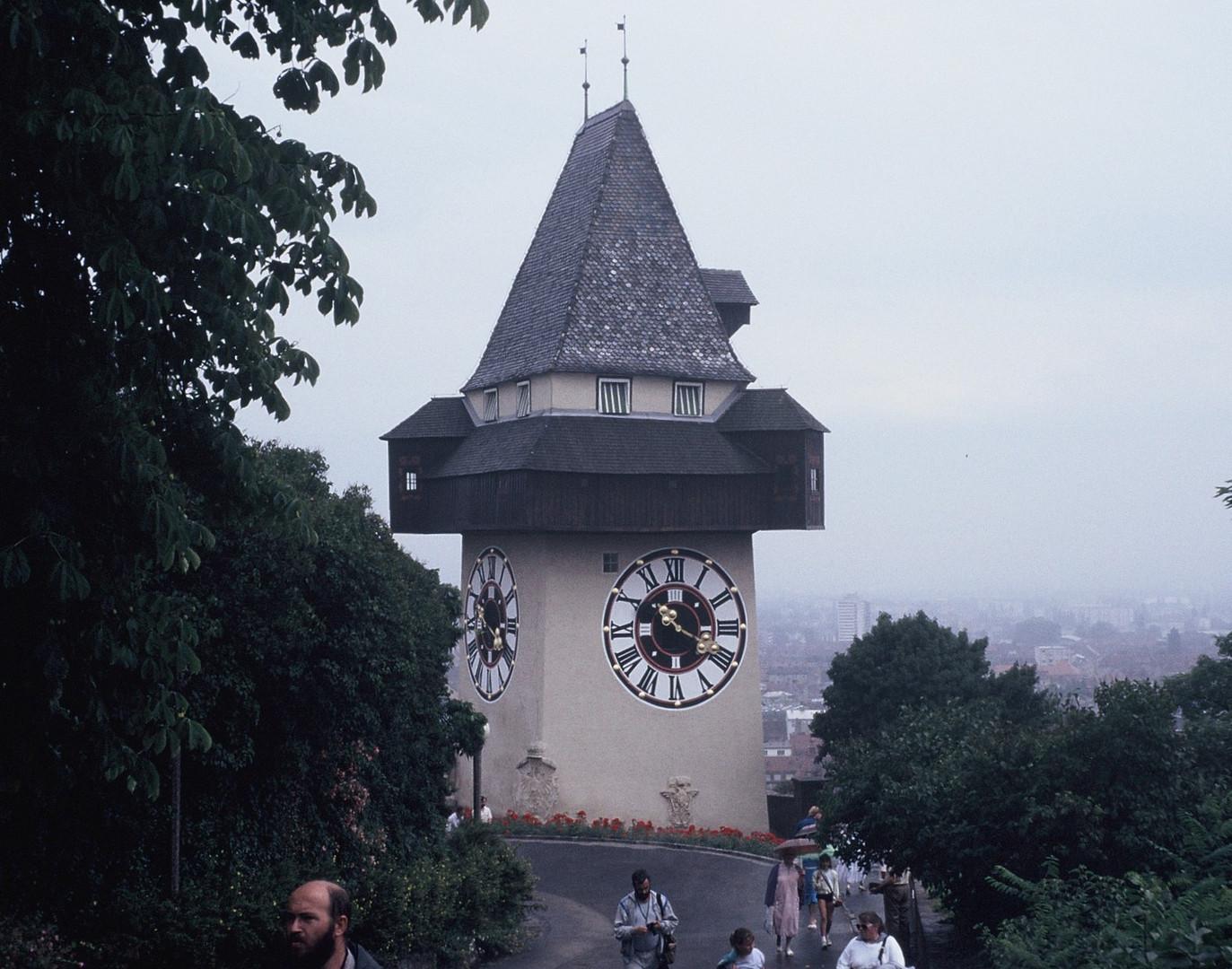 Der Grazer Uhrturm (2)
