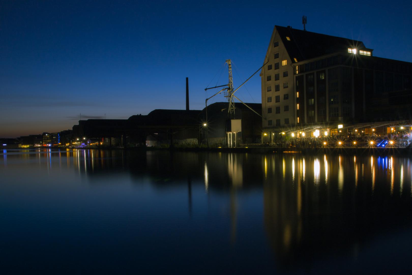 Der Hafen in einer lauen Sommernacht...
