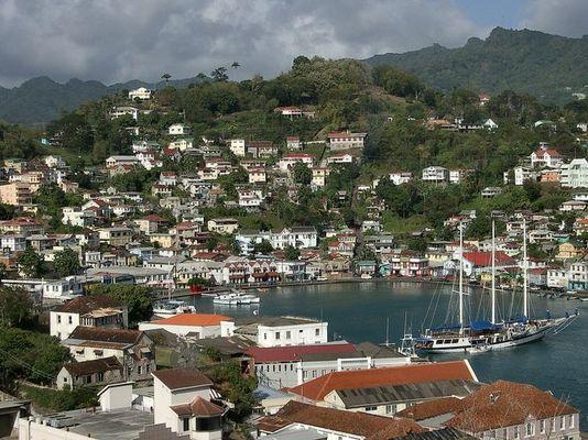 Der Hafen von St. Georges