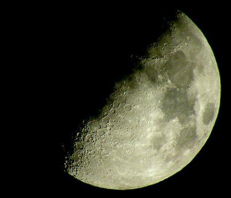 der halbe Mond