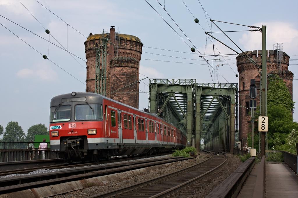 """Der """"Heilige"""" auf der Mainzer Südbrücke"""