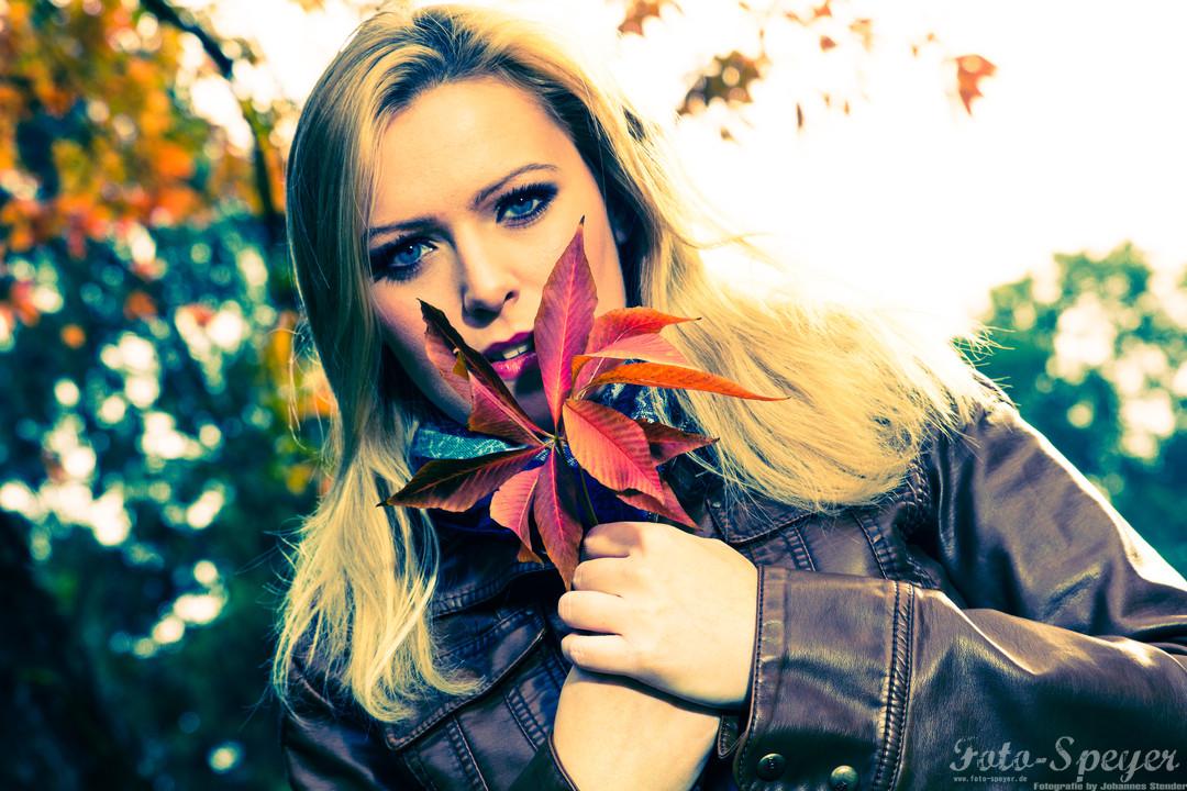 Der Herbst mit MegiMegi