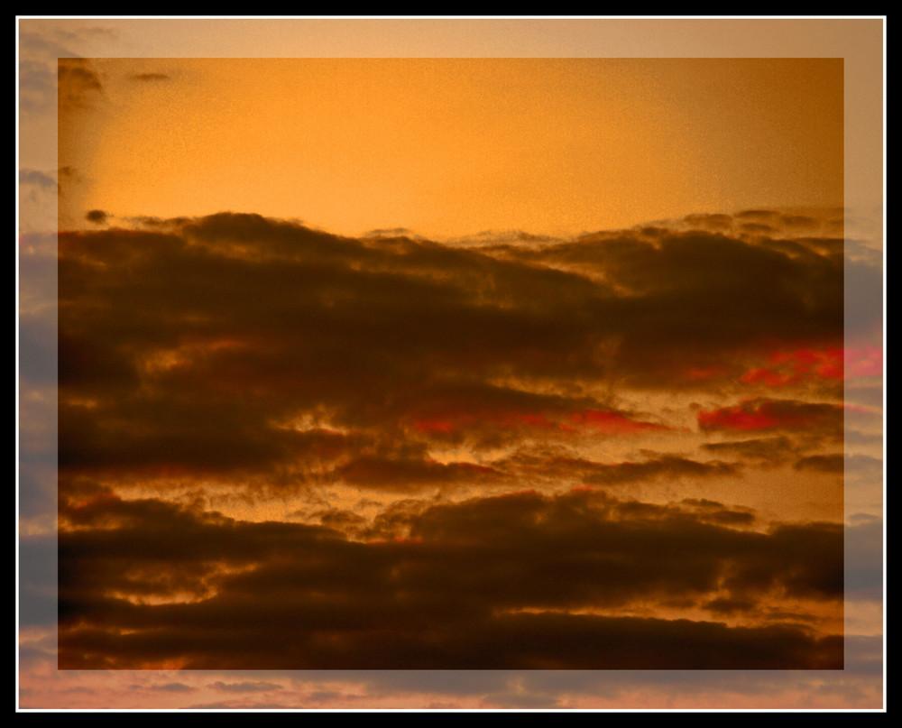 Der Himmel brennt...