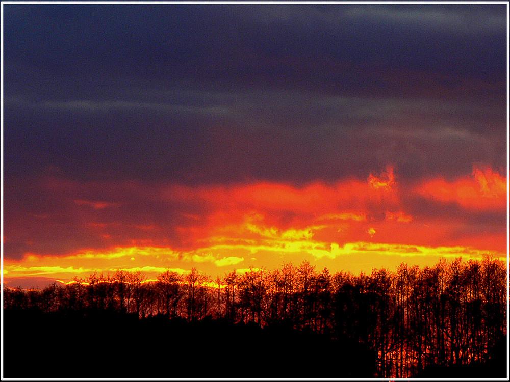 Der Himmel brennt......