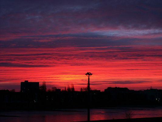 Der Himmel brennt (Morgenerwachen)
