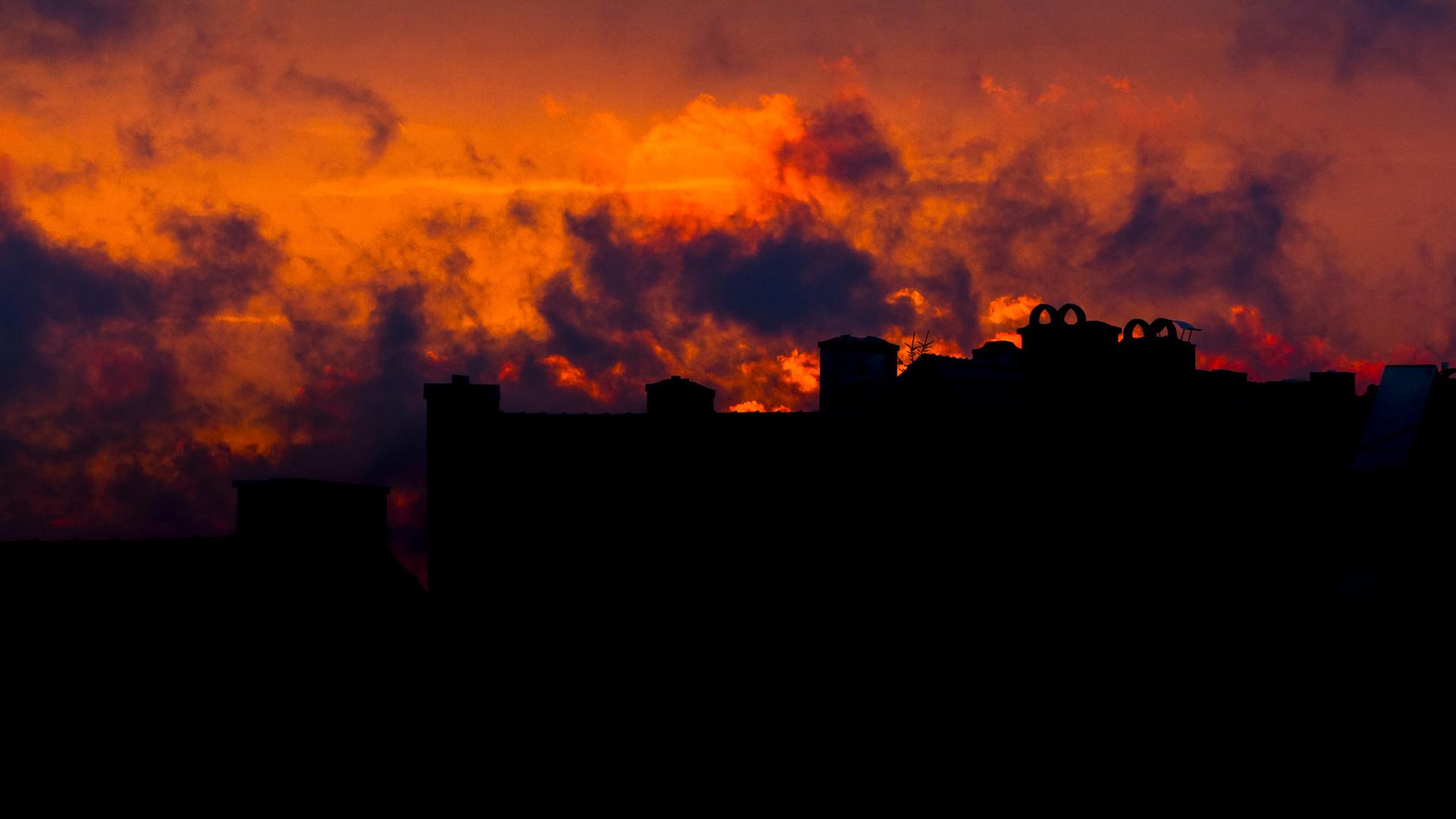 Der Himmel brennt über Augsburg