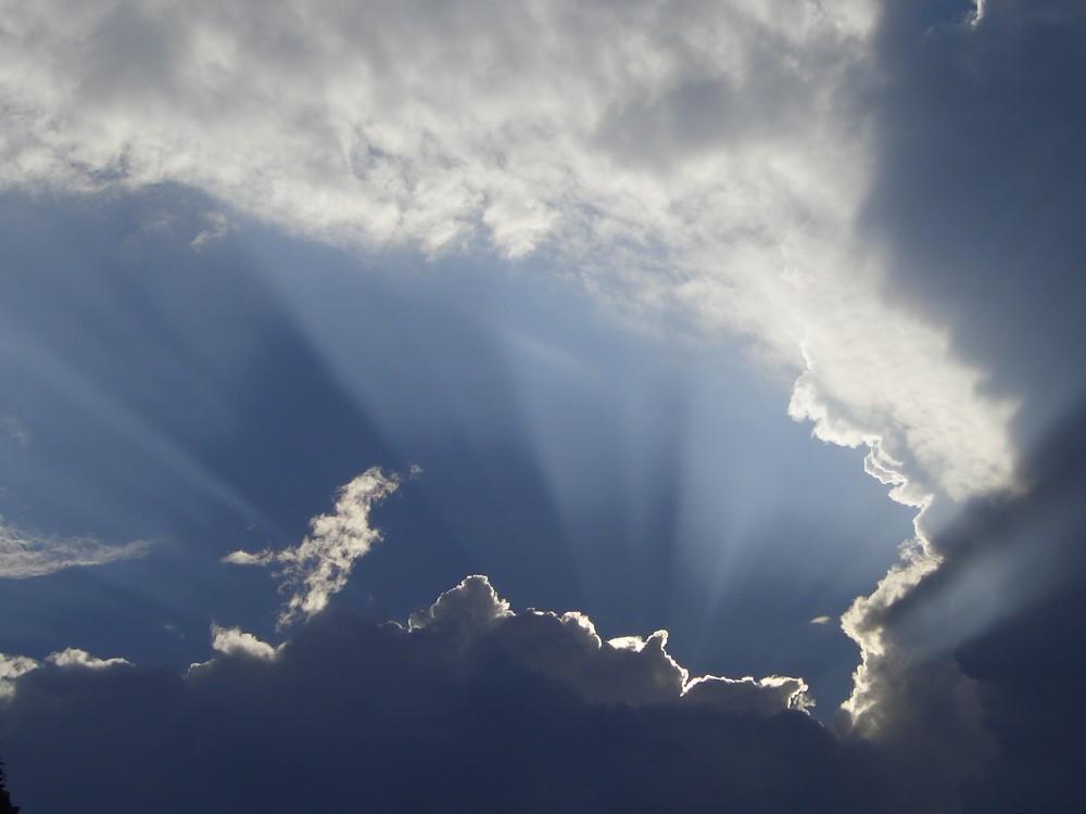 der Himmel bricht auf!