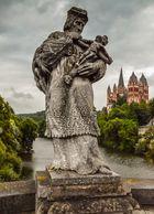 Der hl. Nepomuk vor dem Limburger Dom