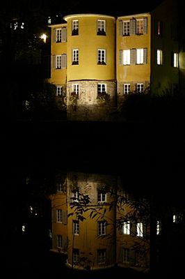 Der Hölderlinturm bei Nacht
