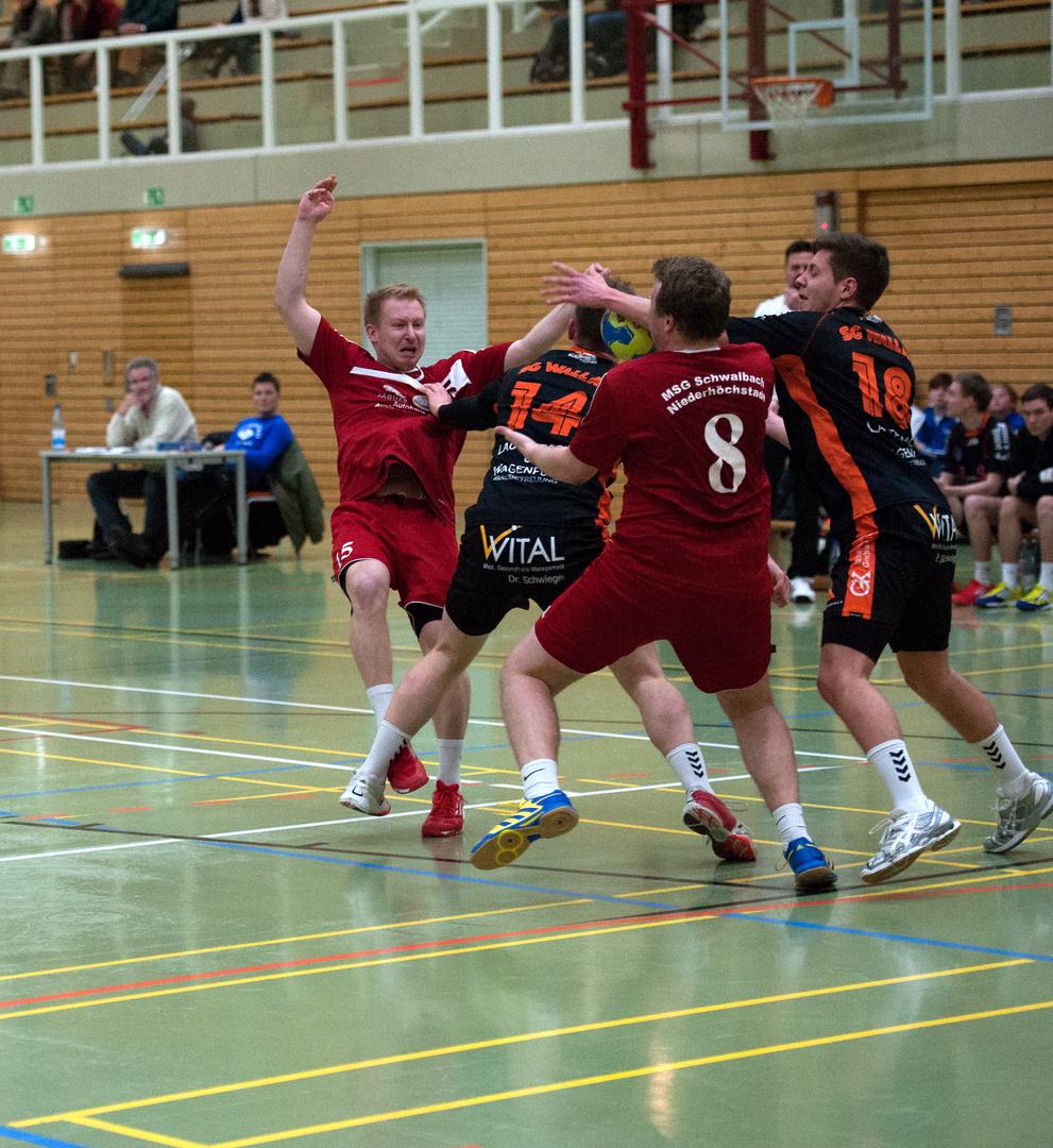 Der Kampf um den Ball