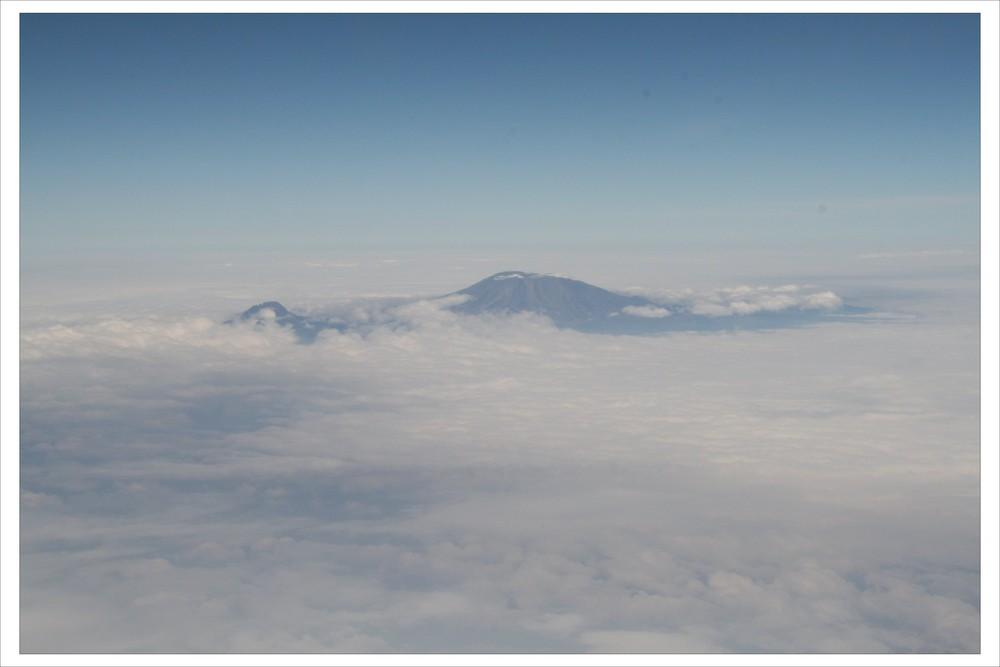 Der Kibo in Wolken