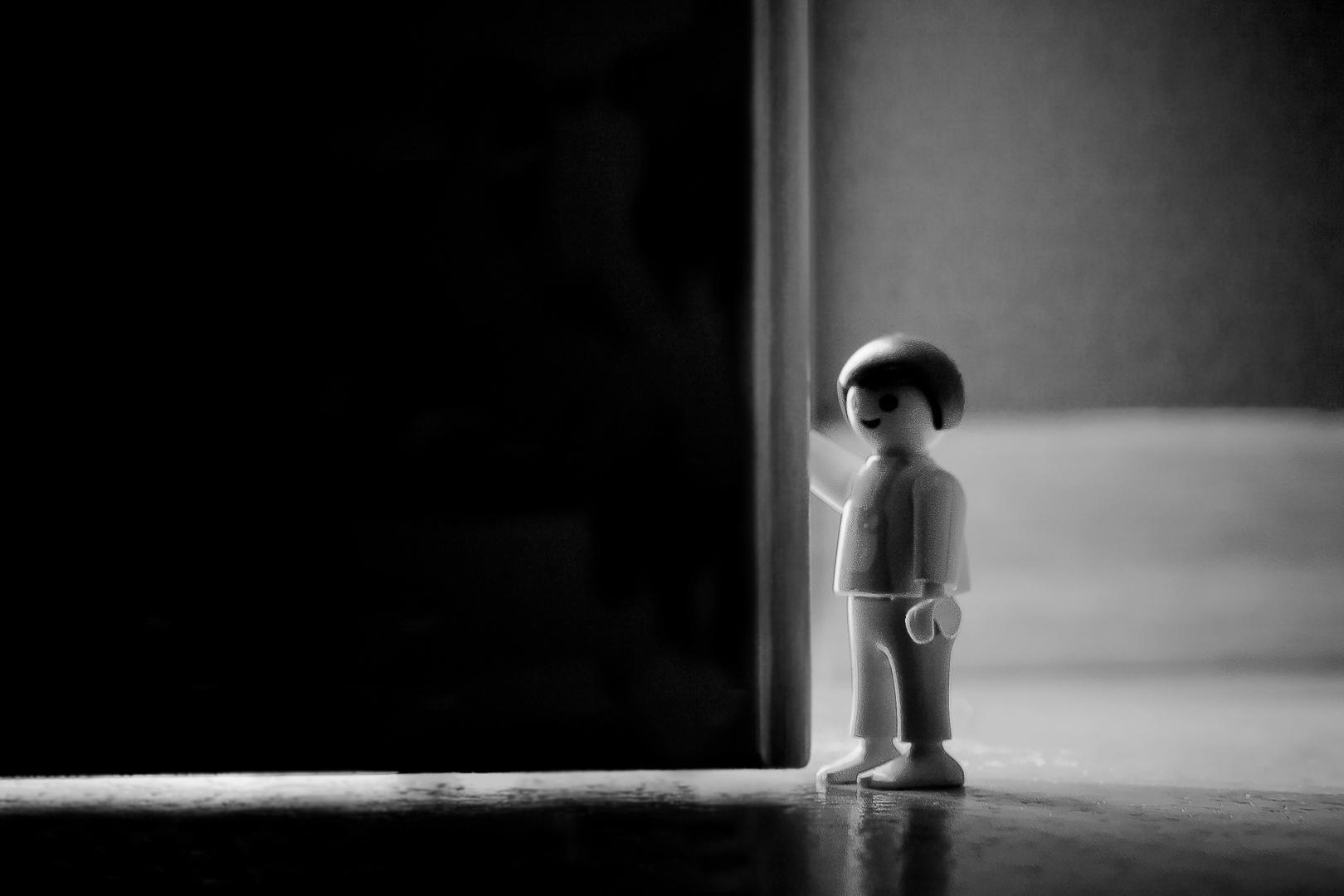 Der Kleine Mann mit der großen Tür